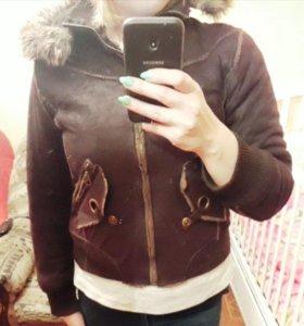 Продам короткую дубленку-куртку