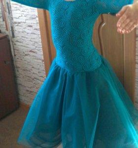 Пошив и ремонт женской одежды от 100р