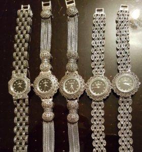 Серебрянные часы
