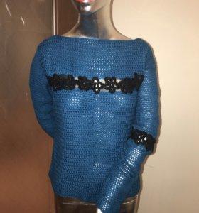 Женский свитер новый