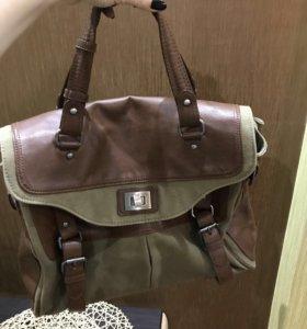 Вместительная сумка-дипломат