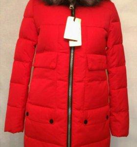 Пальто зимнее. Красное. 42-50 р-ры.Новое