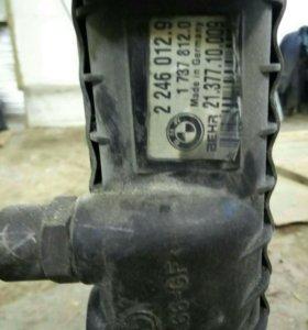 Радиатор охлождения БМВ 525d E 39