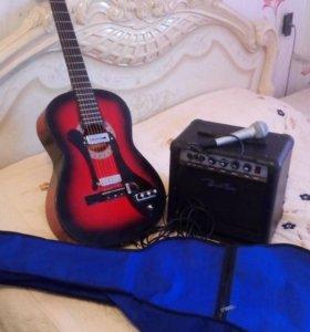 Продам гитару с комбиком и микрофоном