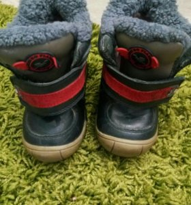 Ботинки зимние 22 размер.