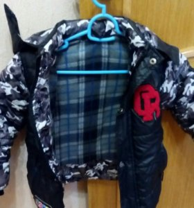 Курточка для мальчика 3-4 лет