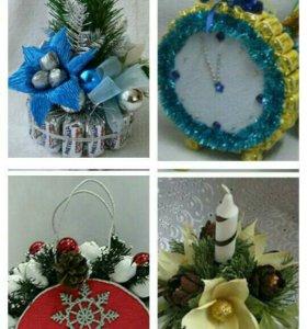 Новогодние подарки из игрушек и конфет