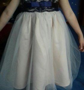 Платье для девочки 3-4года.