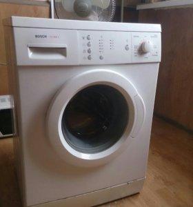 Продам стиральную машинку б/у Бош