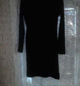 Срочно продам вечернее платье на худенькую девушку