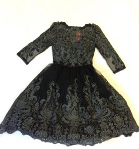 Платье вечернее , нарядное, гипюровое .