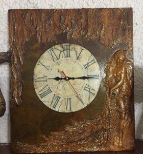 Часы настенные, ручной работы.