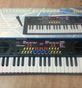 Новый синтезатор.