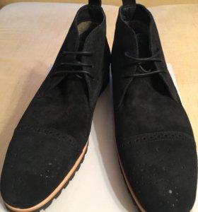 Ботинки зимние Carlo Pazollini  мужские 42р новые