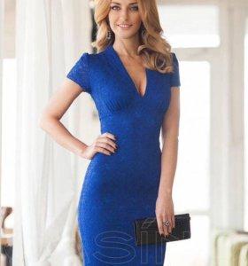 Платье синее гипюр