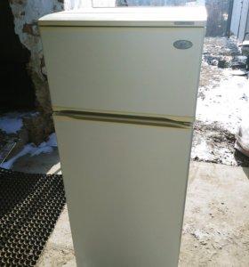 Холодильник Атлант. 2 камер. Отл.сост. +Доставка+