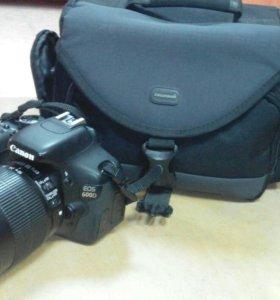 Зеркальная фотокамера Canon EOS 600D 18-135