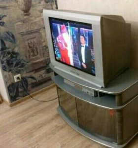 Телевизор thomson с тумбочкой