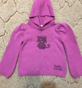 Новый свитер .Размер 104