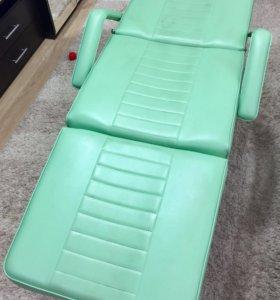 Косметологические кресло