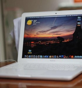 Apple MacBook 13 Mid 2010