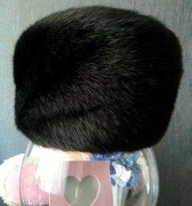 Норковая шапка черная