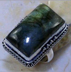 Женское кольцо с лабрадоритом Серебро Винтаж