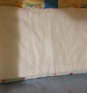 Одеяло и подушечки для малыша