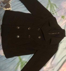 Пальто на мальчика H&M