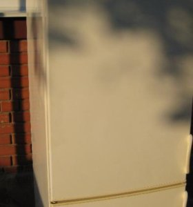 Холодильник б у 175 см