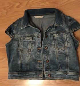 Куртка джинсовая короткая