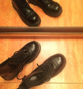 Ботинки Dr. Martens мужские