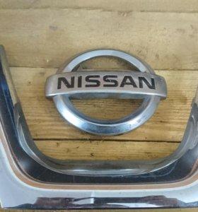 Эмблема Nissan Qashqai рестайлинг