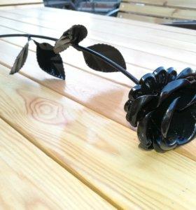 Кованая чёрная роза