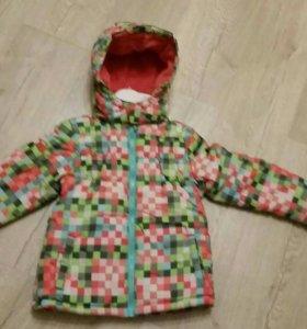 Новая демисезонная куртка для девочки р.116