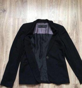 Фирменный пиджак Zara р.М