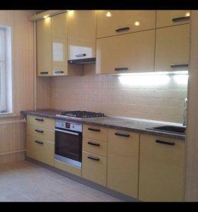 Кухонные гарнитуры в наличии по эскизу.