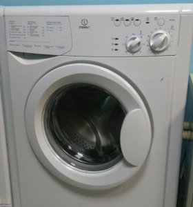 Супер узкая стиральная машина Indesit wiu 82