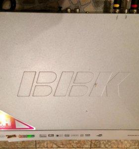 DVD-плеер BBK DV611SI