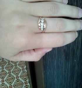 Кольцо золотое 585'