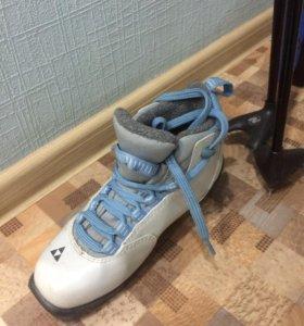Лыжи беговые, палки, ботинки, использовали 3 раза