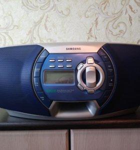 Samsung с AUX входом, пульт