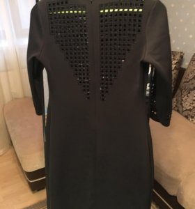 Платье чёрное нарядное 42-44