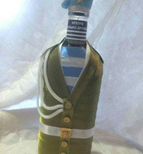 Декорирование бутылок в подарок.