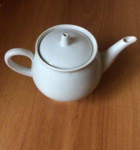 чайник заварочный белый, блюдца