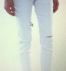 Джинсы женские белые новые прямые без разрезов