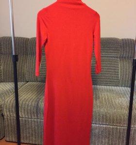Платье-лапша, руках 3/4, длина ниже колена