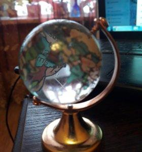 Глобус, статуэтка