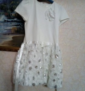 Платье б/у белое