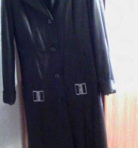 Натуральное кожаное пальто с мехом